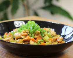 Stir-fry Chicken with Celery